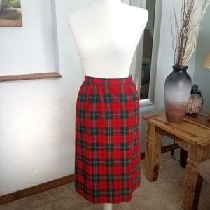Vintage 1970s high waisted Pendleton wool skirt